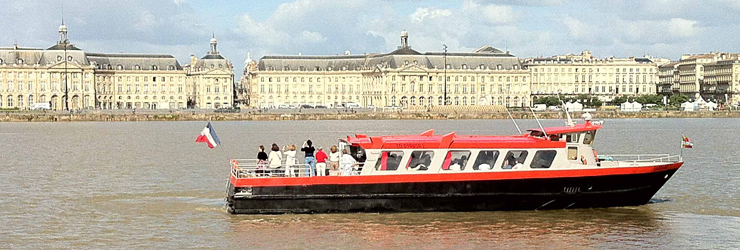 leasure boat The Sardane to discover the Gironde estuary and Bordeaux vineyard